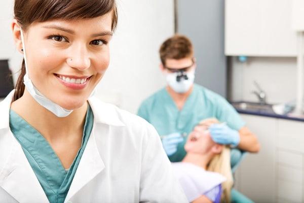 Những điều bạn cần biết về răng sứ Ceramill