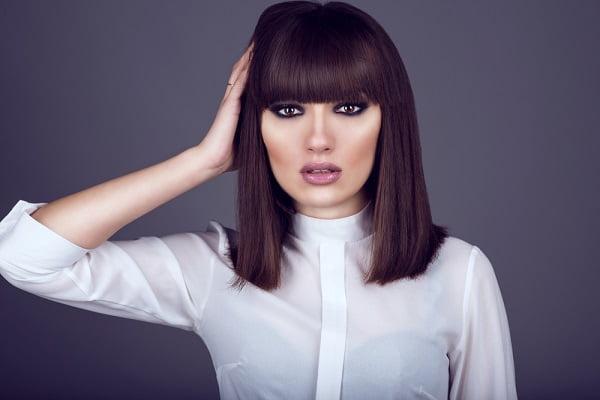 Gợi ý những kiểu tóc đẹp cho phụ nữ tuổi 30 - Kiểu tóc thẳng mái bằng