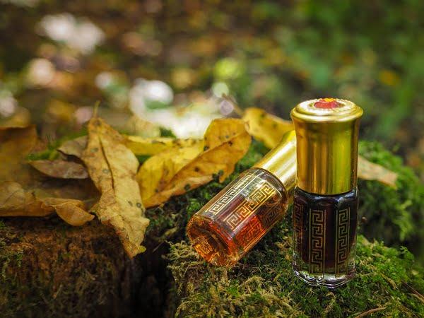 Ngăn ngừa lão hóa hiệu quả từ 9 loại tinh dầu thiên nhiên - Tinh dầu trầm hương
