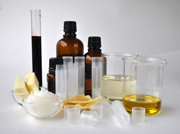 Kem dưỡng chống lão hóa từ sáp ong và bơ