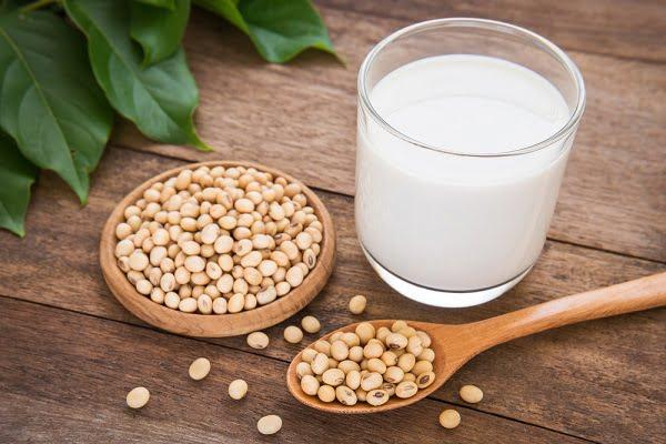 Sữa: thực phẩm không thể thiếu với phụ nữ tuổi 30