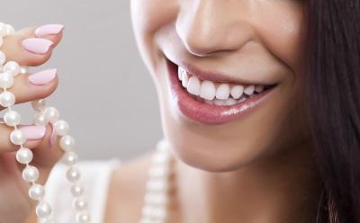 Dịch vụ tẩy trắng răng bằng Laser an toàn tại Nha khoa Quốc tế Việt Đức
