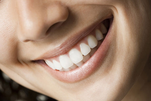 Răng sứ màu nào đẹp?? Bọc răng răng sứ UY TÍN!! 1